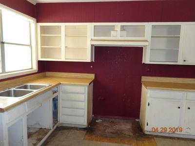 805 COLLIE ST, Franklin, LA 70538 - Photo 2