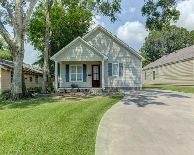 815 N AVENUE J, Crowley, LA 70526 - Photo 1