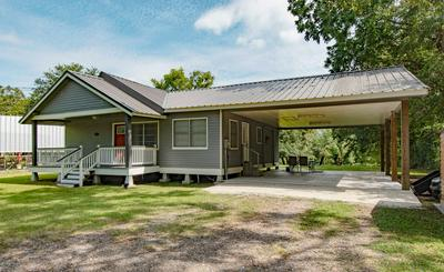 4943 MAIN HWY, St. Martinville, LA 70582 - Photo 2
