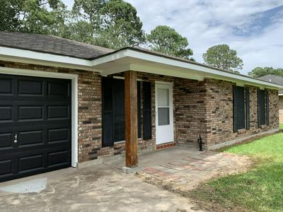 139 GULF ROSE DR, Crowley, LA 70526 - Photo 2
