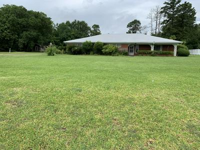 2335 N PARKERSON AVE, Crowley, LA 70526 - Photo 2