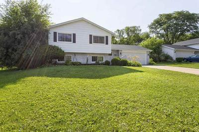 606 WOODRIDGE DR, ROCKFORD, IL 61108 - Photo 1