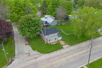 215 W WASHINGTON ST, Cedarville, IL 61013 - Photo 2