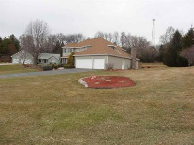 9345 N OAKLEAF CT, BYRON, IL 61010 - Photo 2
