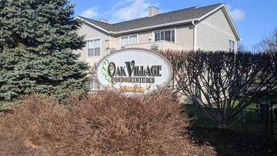 5664 OAK VILLAGE DR, ROSCOE, IL 61073 - Photo 2