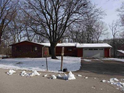 817 TOMAHAWK DR, OREGON, IL 61061 - Photo 2