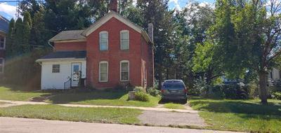 509 W CHESTNUT ST, FREEPORT, IL 61032 - Photo 1