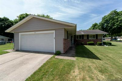 206 NORTHKNOLL DR, ROCHELLE, IL 61068 - Photo 2