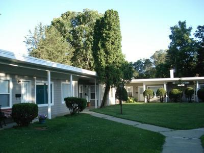 218 E RIVER STREET 12 UNIT APARTMENT COMPLEX, Rockton, IL 61072 - Photo 1