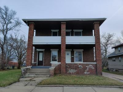 507 16TH AVE, ROCKFORD, IL 61104 - Photo 2