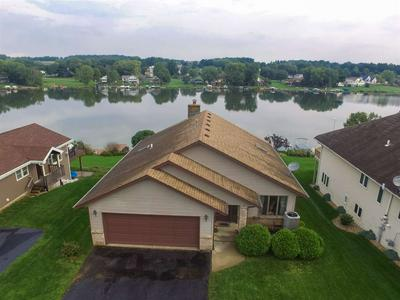 32 DELBURNE DR, LAKE SUMMERSET, IL 61019 - Photo 1