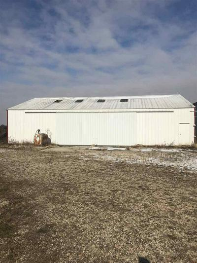2155 N 44TH RD, Sheridan, IL 60551 - Photo 2