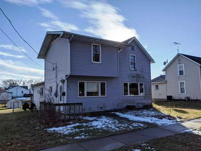 330 E FRONT AVE, STOCKTON, IL 61085 - Photo 1