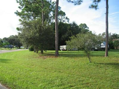426 THOMAS ST, Sebastian, FL 32958 - Photo 2
