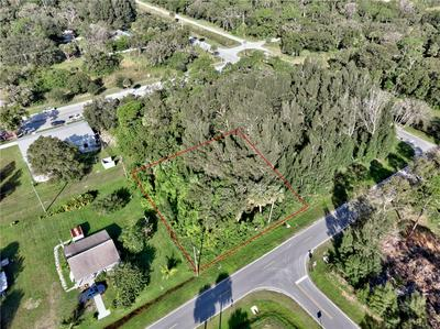 138 N PINE ST, Fellsmere, FL 32948 - Photo 2