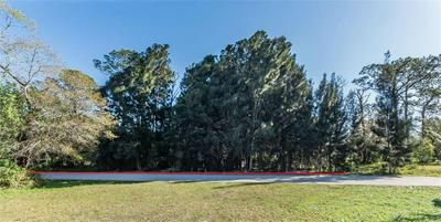13 N BAY ST, Fellsmere, FL 32948 - Photo 2