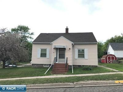 402 1ST ST SW, Chisholm, MN 55719 - Photo 2