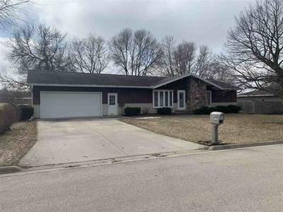 910 E ROBIN LN, SHAWANO, WI 54166 - Photo 1