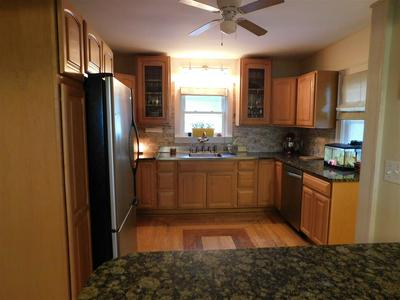 3389 OREGON ST, OSHKOSH, WI 54902 - Photo 2