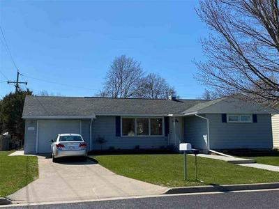 1118 OWENA ST, Marinette, WI 54143 - Photo 1