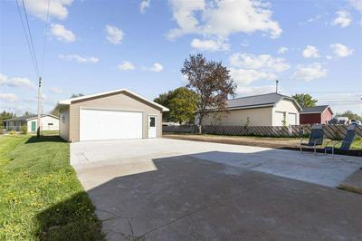 130 N NASH ST, Hortonville, WI 54944 - Photo 2