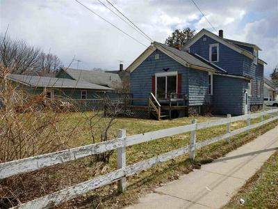 842 PARNELL ST, Marinette, WI 54143 - Photo 2