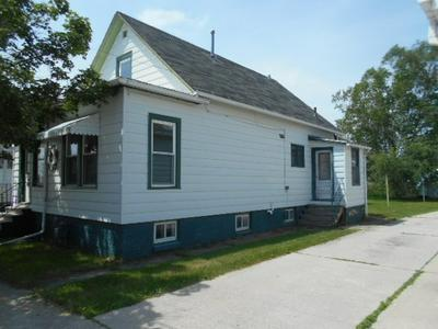 1812 21ST ST, TWO RIVERS, WI 54241 - Photo 2