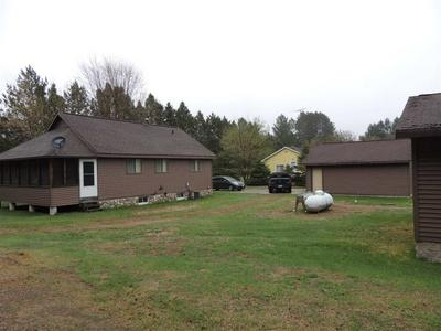 1065 VALLEY LN, ARMSTRONG CREEK, WI 54103 - Photo 2