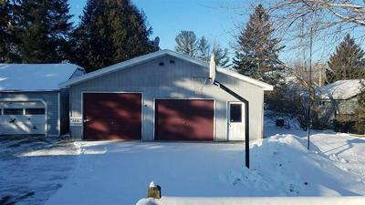 113 N FOREST AVE, GILLETT, WI 54124 - Photo 2