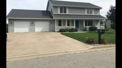 820 S MILL ST, Hortonville, WI 54944 - Photo 1