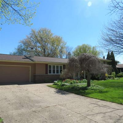 773 MANCHESTER RD, Neenah, WI 54956 - Photo 2
