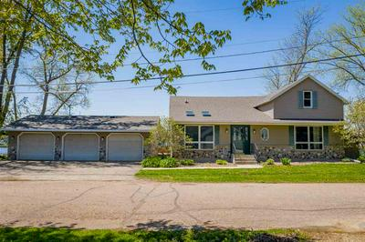 105 S RIVER RD, FREMONT, WI 54940 - Photo 2