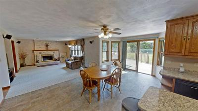 W6737 PARKVIEW DR, Greenville, WI 54942 - Photo 2