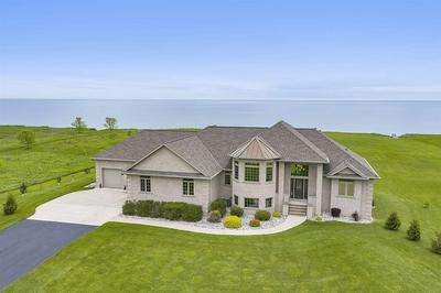 17605 LAKESHORE RD, TWO RIVERS, WI 54241 - Photo 1