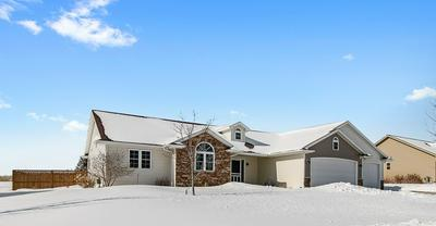 N2325 HEAVENLY DR, GREENVILLE, WI 54942 - Photo 2