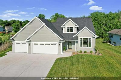 2784 HARBOR COVE LN, GREEN BAY, WI 54313 - Photo 1