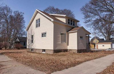 625 PARK ST, Marinette, WI 54143 - Photo 1