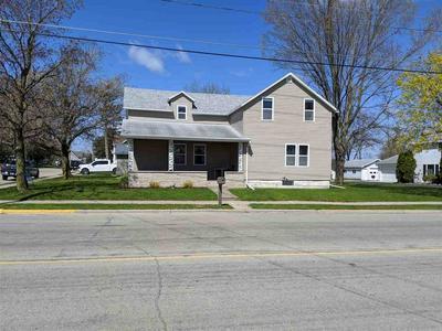 231 S NASH ST, Hortonville, WI 54944 - Photo 2