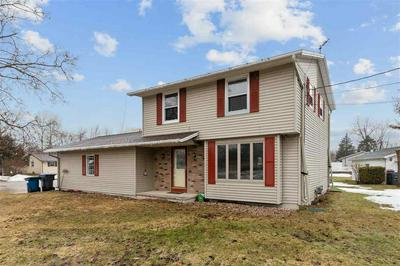 232 LAKEVIEW AVE, Hortonville, WI 54944 - Photo 1