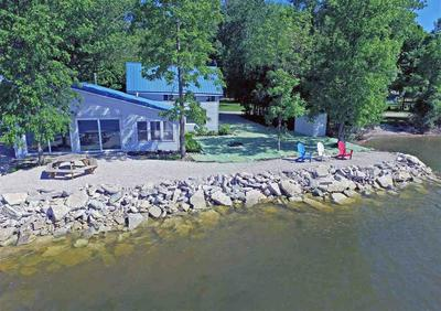 1295 S BAYSHORE RD, BRUSSELS, WI 54204 - Photo 1