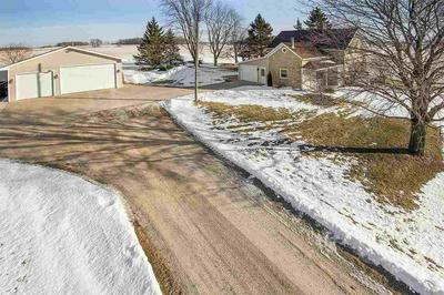 1669 S COUNTY ROAD P, LUXEMBURG, WI 54217 - Photo 2