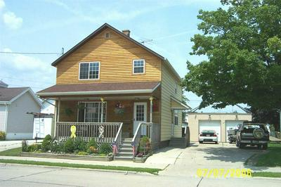 1618 17TH ST, TWO RIVERS, WI 54241 - Photo 1
