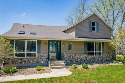 105 S RIVER RD, FREMONT, WI 54940 - Photo 1