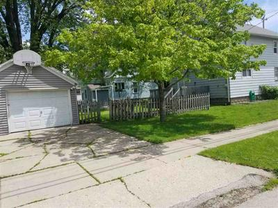 521 SHERRY ST, Neenah, WI 54956 - Photo 2