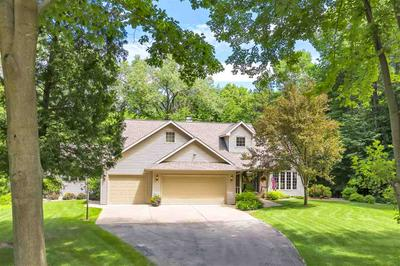 3196 HIDDEN POND RD, GREEN BAY, WI 54313 - Photo 1
