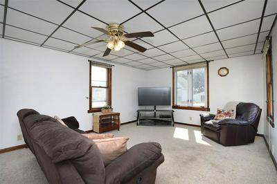 1723 22ND ST, TWO RIVERS, WI 54241 - Photo 2