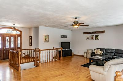 W8604 HILLVIEW RD, HORTONVILLE, WI 54944 - Photo 2