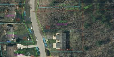 S TIMBER TRAIL, Suamico, WI 54173 - Photo 2