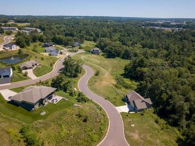 1580 SOUTHERN HILLS CT, Altoona, WI 54720 - Photo 2