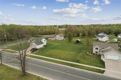 905 S BOUNDARY RD, WOODVILLE, WI 54028 - Photo 2